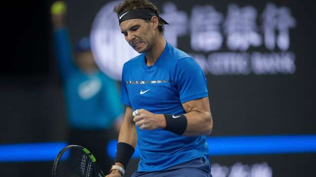 Rafael Nadal, Roger Federer ease through in Shanghai Masters