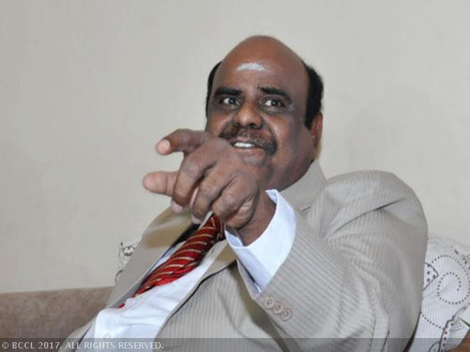 Justice Karnan pleads President to suspend SC order