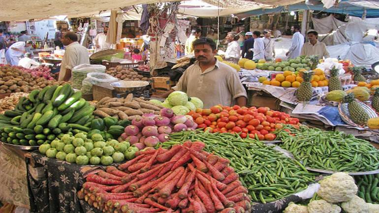 Feb IIP growth dips to 7.1%; March retail inflation at 5-month low of 4.28%