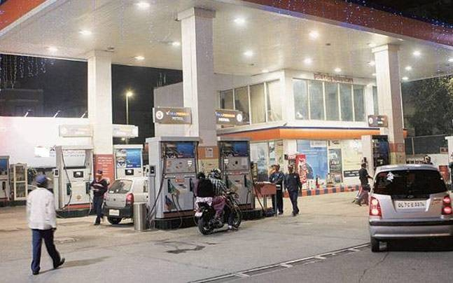 Petrol, diesel prices to reduce as Centre slashes excise duty by Rs 2 per litre