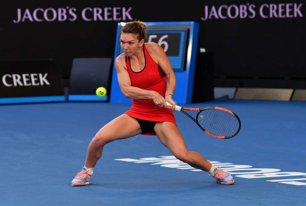 Australian Open: World No.1 Simona Halep beats pain, Naomi Osaka to reach quarters