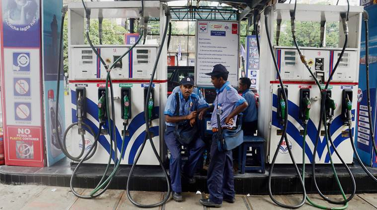 Mumbai petrol price up for 15th day in a row to Rs 86.08/l; crude oil down