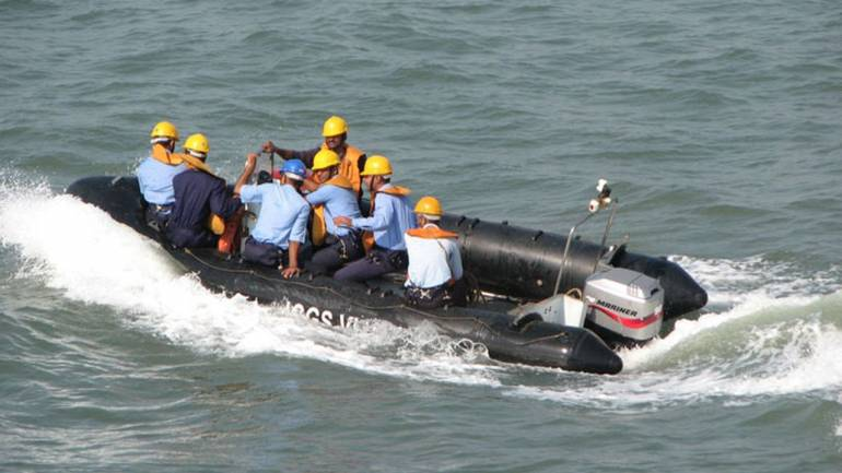 8 students missing after fishing boat with 40 capsizes off Maharashtra coast