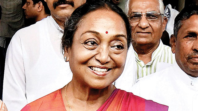 AAP announces support for Meira Kumar