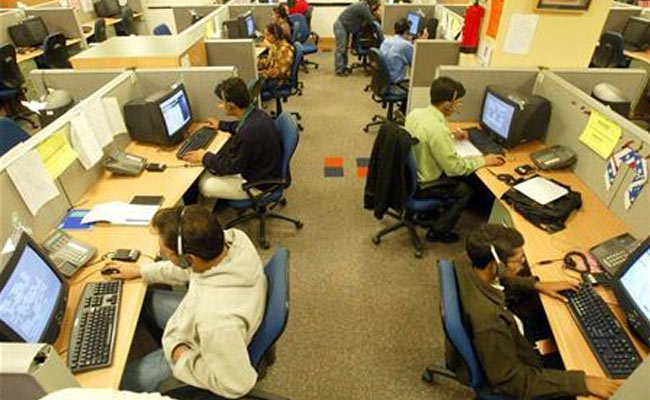 'H-1B approvals for Indian IT cos drop by 43%'