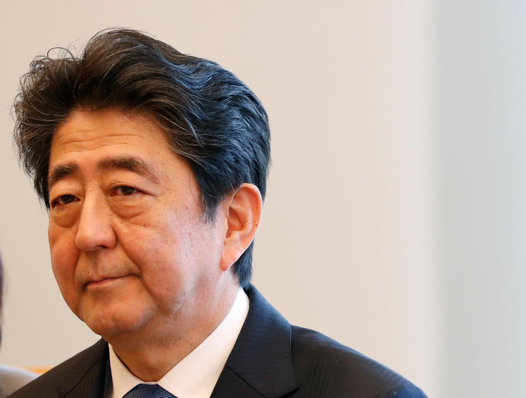 Japan's Abe weighing talks with North Korea's Kim: reports