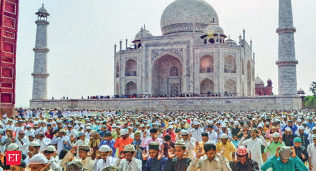 Only residents of Agra can offer namaz at Taj Mahal: Supreme Court