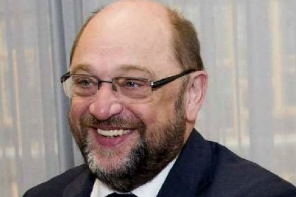 Germania, Schulz eletto presidente Spd con 100% voti