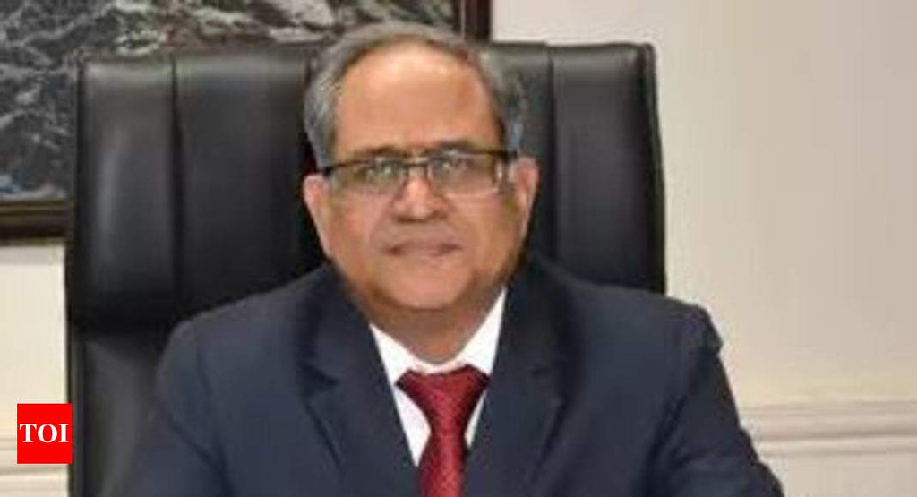 Bank of Maharashtra CMD Ravindra Marathe arrested in 30-bn DSK Group scam
