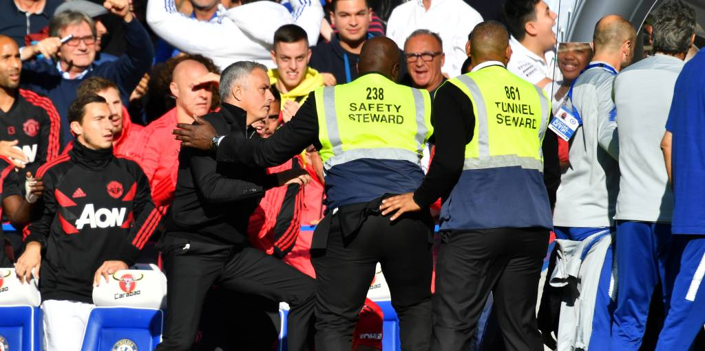Premier League: Manchester United's Jose Mourinho involved in fracas after Ross Barkley salvages Chelsea's unbeaten run