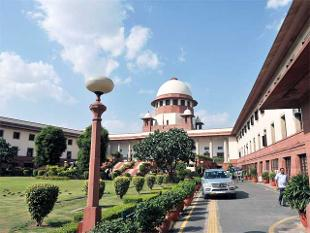 Centre-Delhi tussle: SC refuses to entertain AAP govt's plea