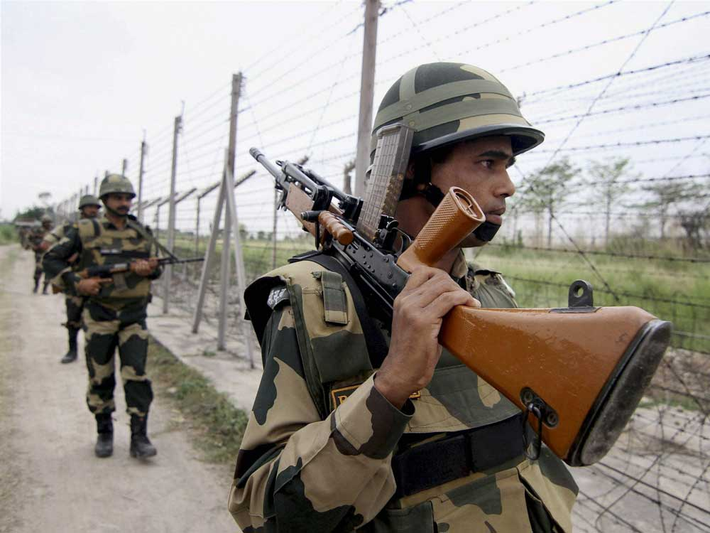 Army jawan, woman killed in Pak firing along LoC in Poonch