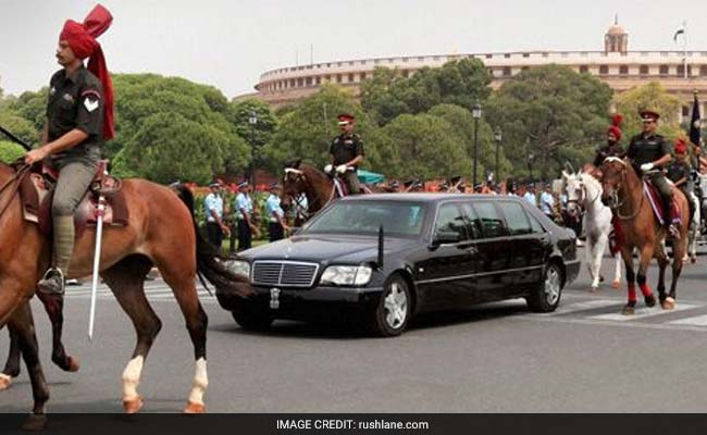 Vehicles of President, VP, Governors must have registration numbers: Delhi HC