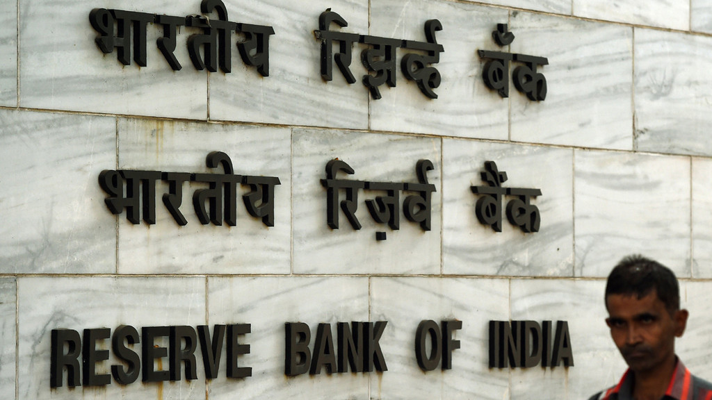 15 months after note ban, RBI still processing returned notes